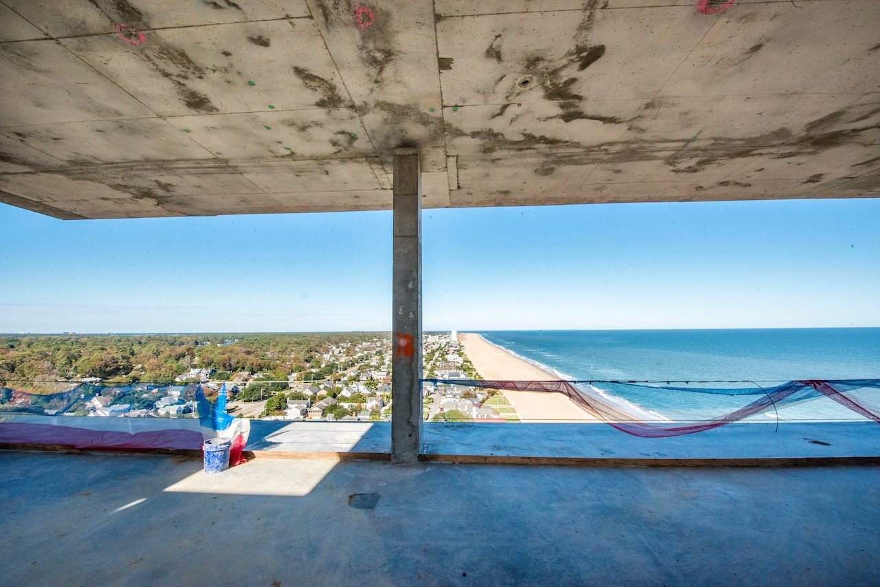 Marriott Cavalier Oceanfront Hotel, Virginia Beach, Topping off ceremony at the Oceanfront