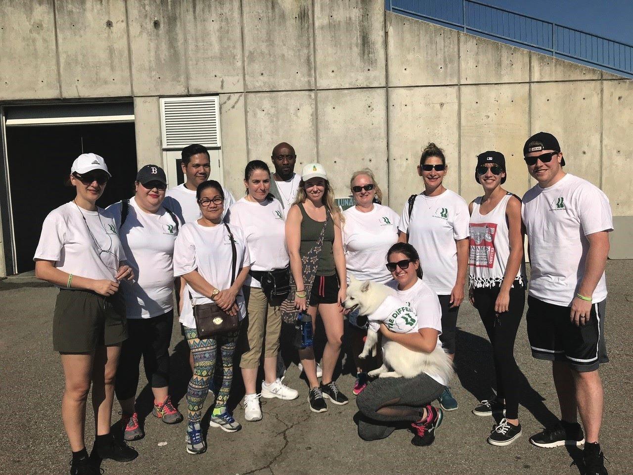 Founders Inn employees volunteering